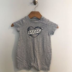 Baby Gap I Love Mom One Piece Onesie Outfit Gray